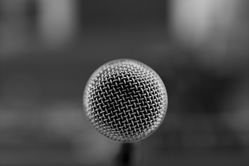 Newsjacking : comment détourner la nouvelle  pour faire parler de vous dans les médias