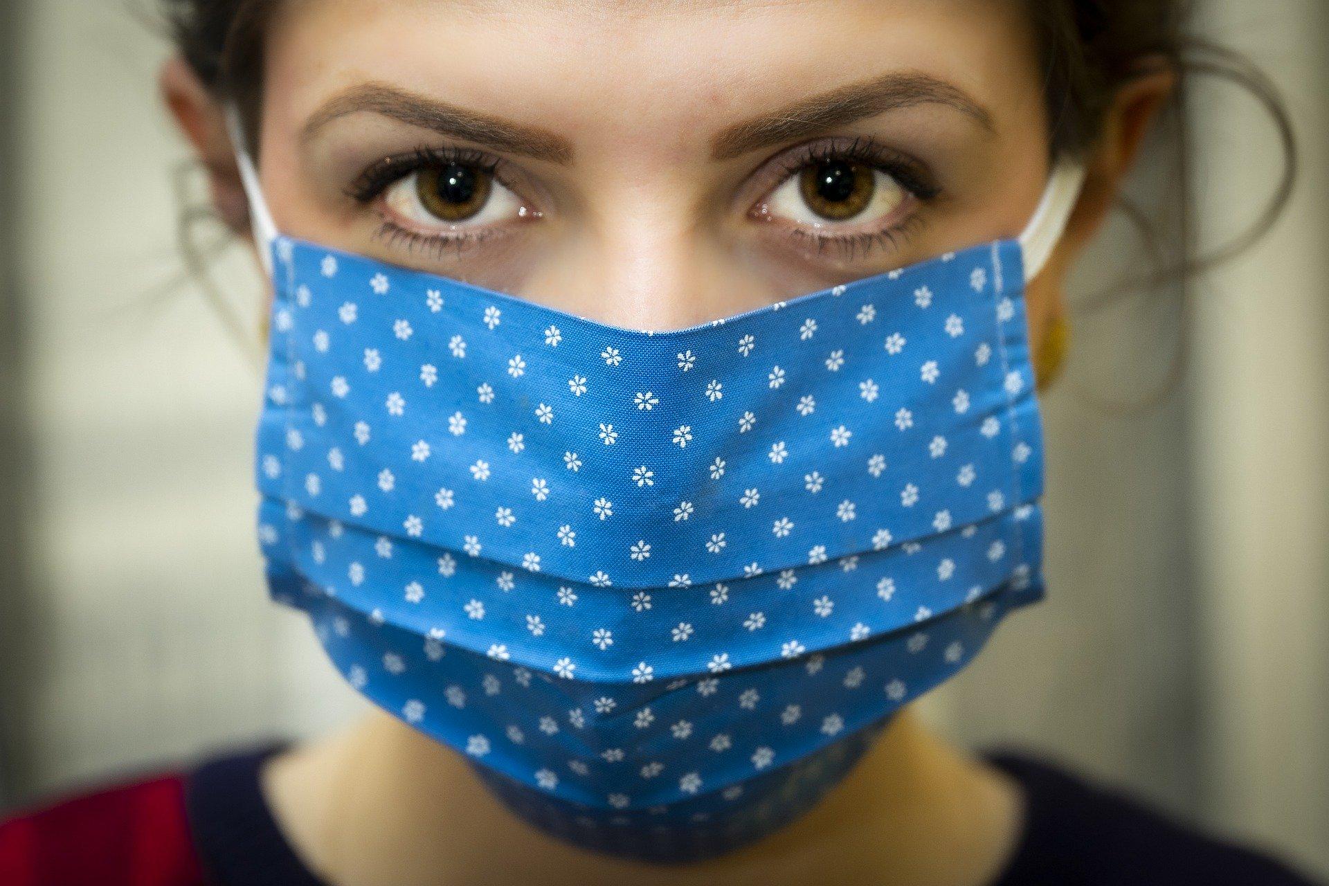 COVID-19 : Déconfiner et bien communiquer (avec ou sans masque)